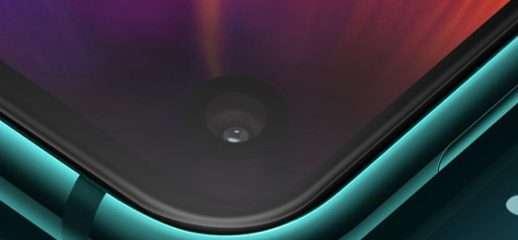 Galaxy S10: foro più piccolo di Galaxy A8S