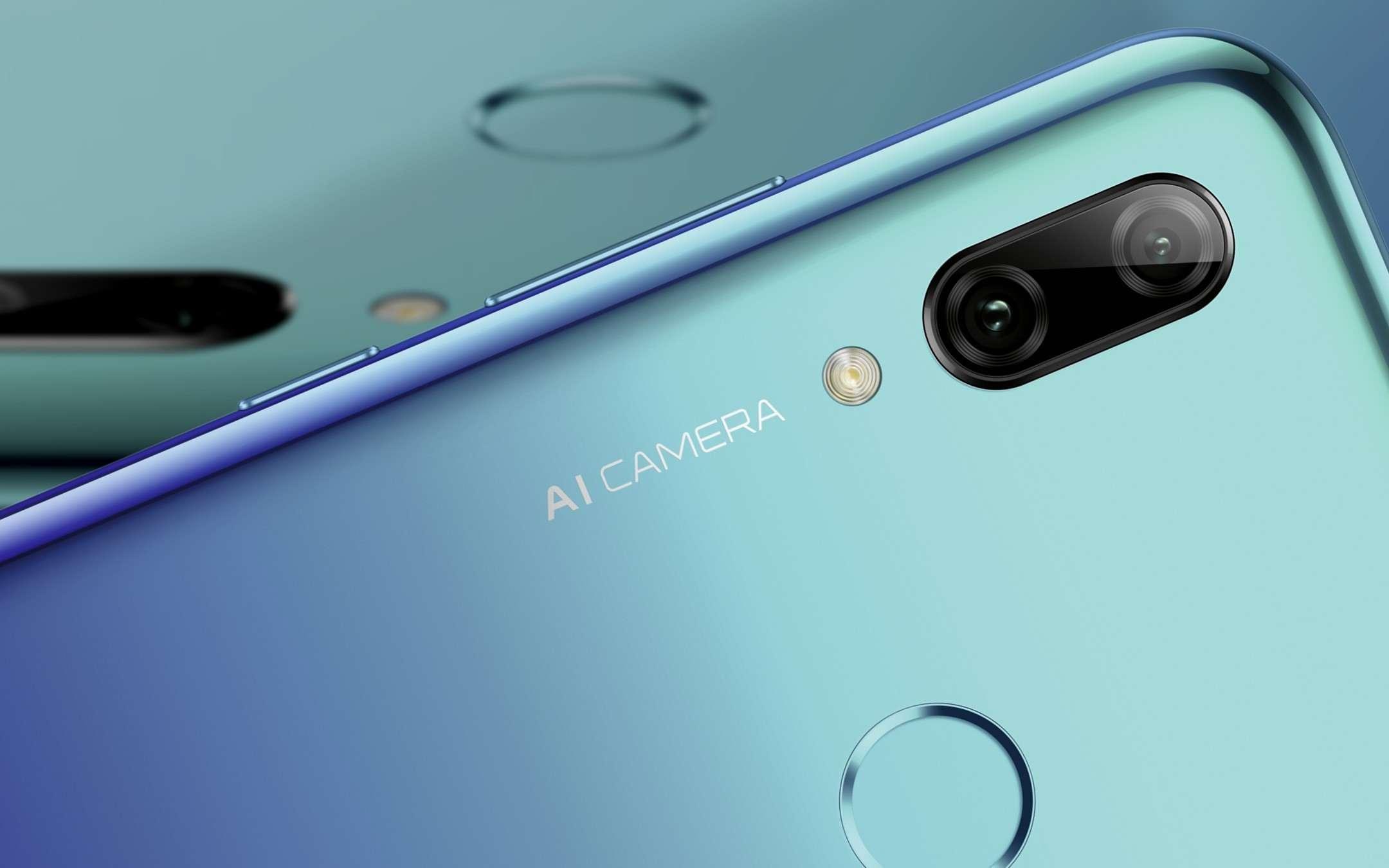 Tik Tok, scatta l'ora del Huawei P Smart 2019