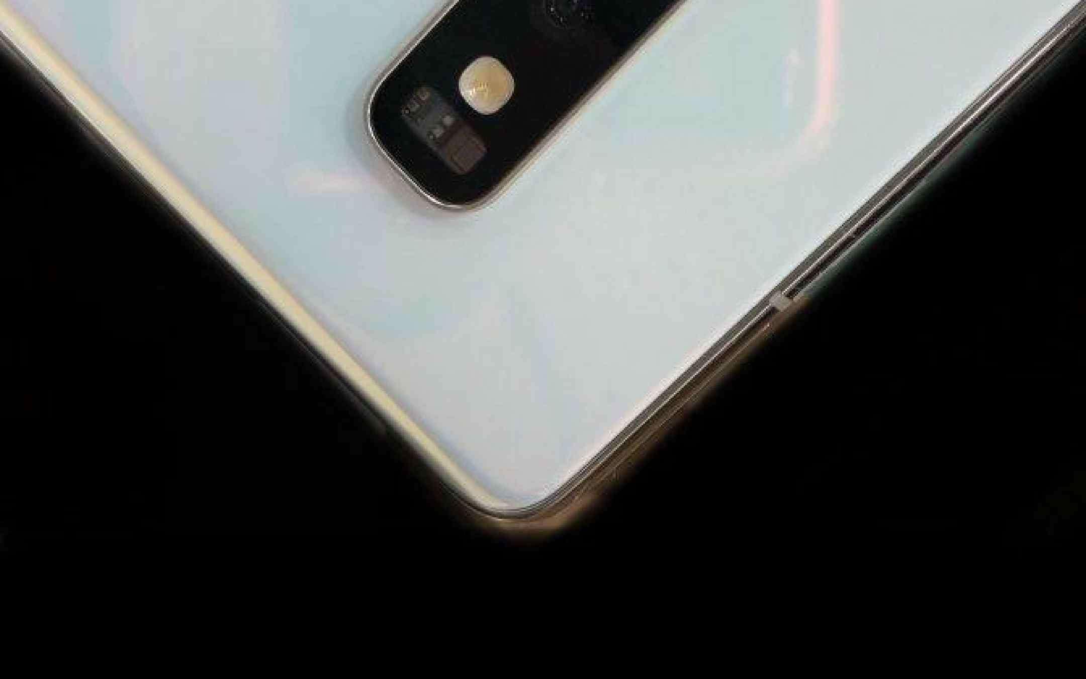 Samsung Galaxy S10+ costerà tanto: nuove conferme
