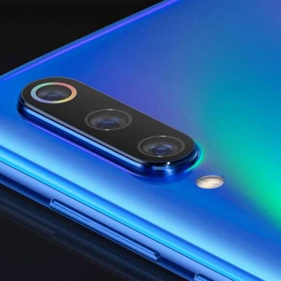 {Xiaomi Mi 9: ufficiale ad un prezzo imbattibile