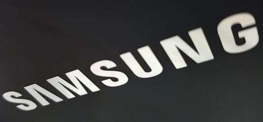 Samsung Galaxy A90: fotocamera scorrevole e rotante