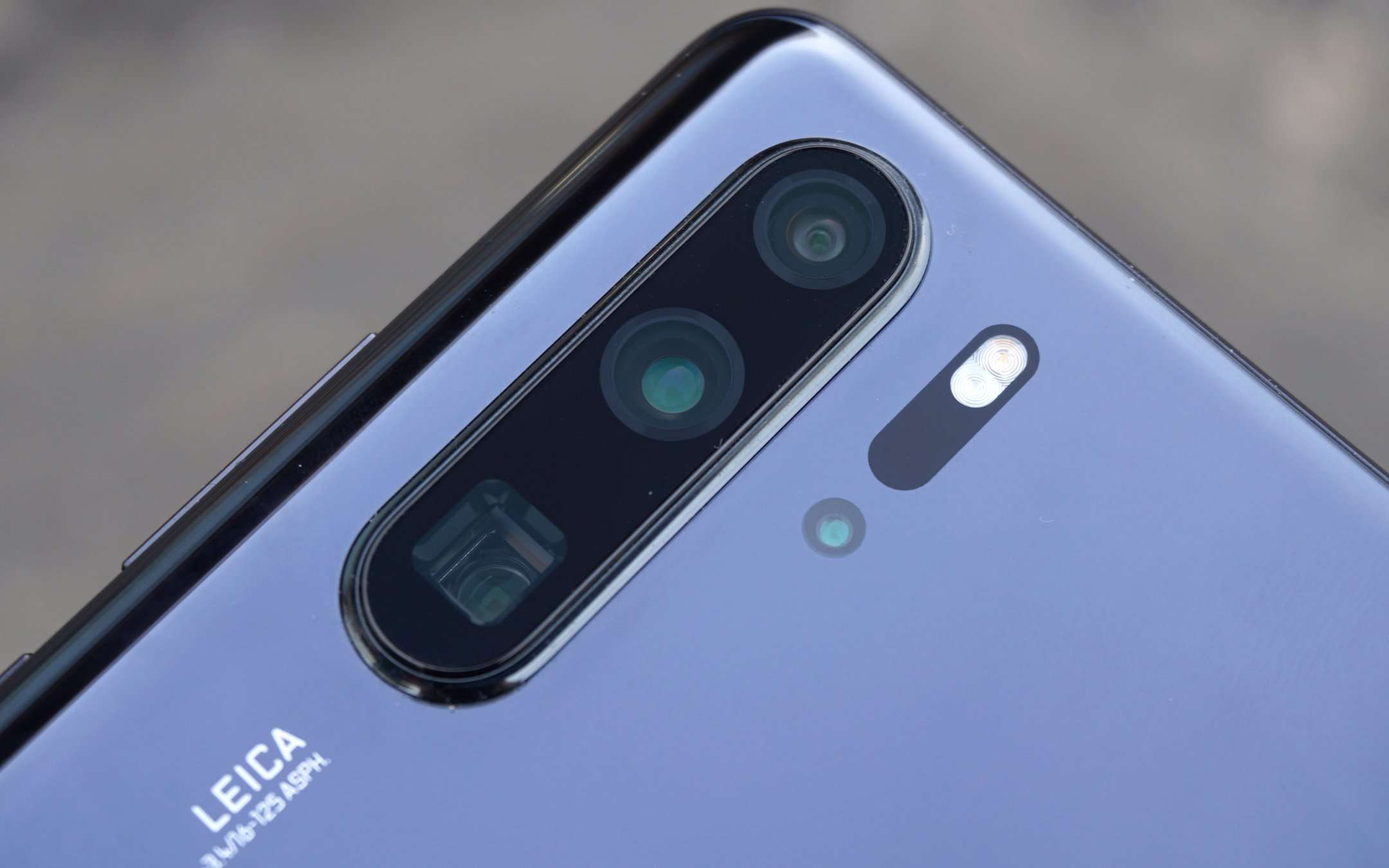 Google toglie supporto ufficiale Android a Huawei