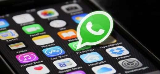 WhatsApp: anteprime audio e blocco inoltri