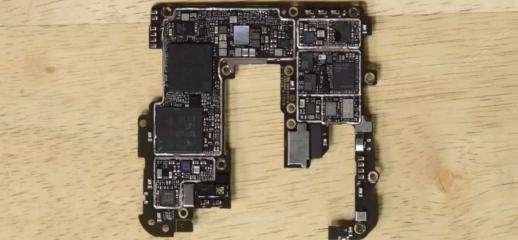 OnePlus 7 Pro non si ripara facilmente per iFixit