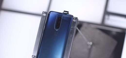 La fotocamera del OnePlus 7 Pro regge 20kg