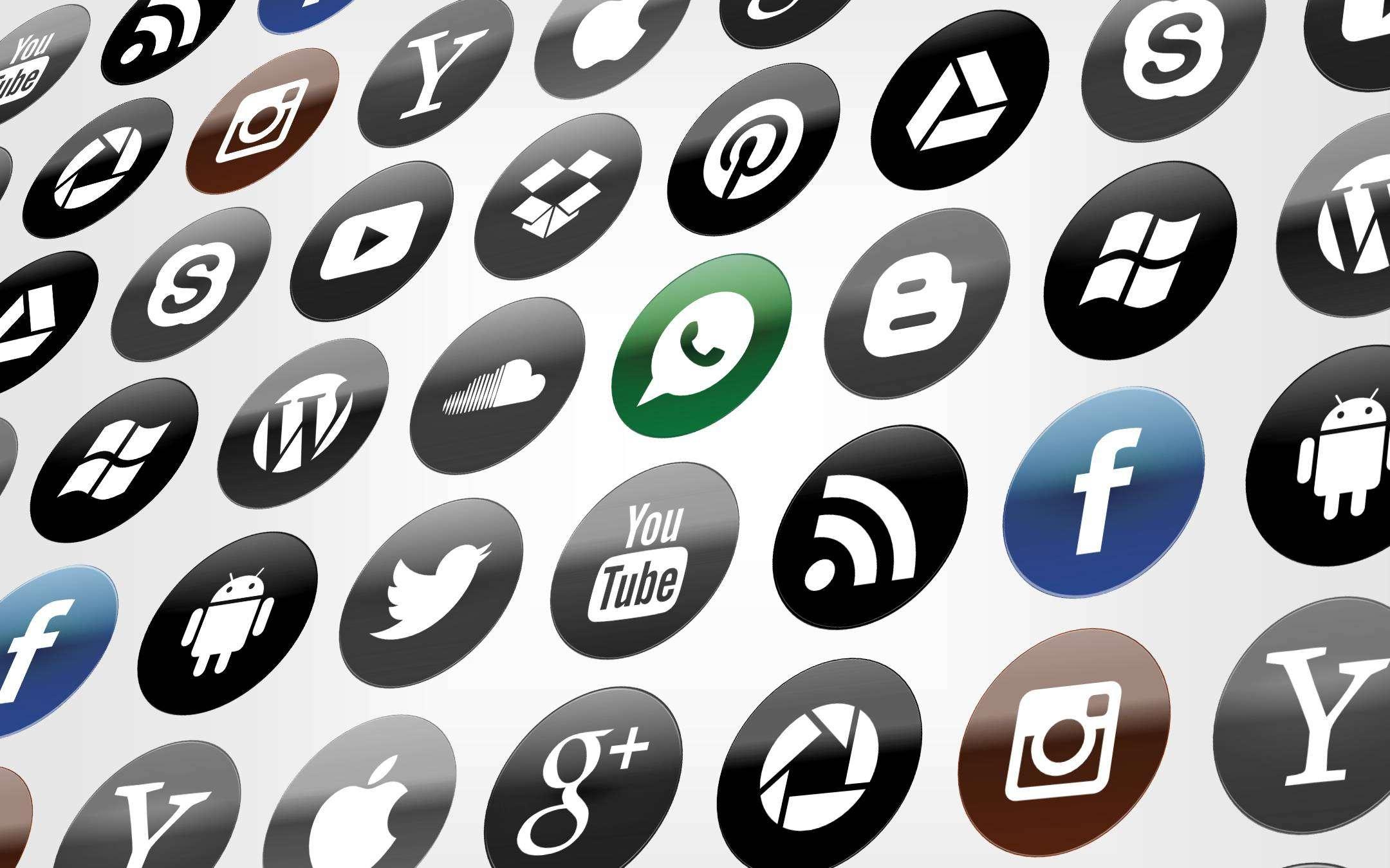 Facebook, WhatsApp e Instagram,