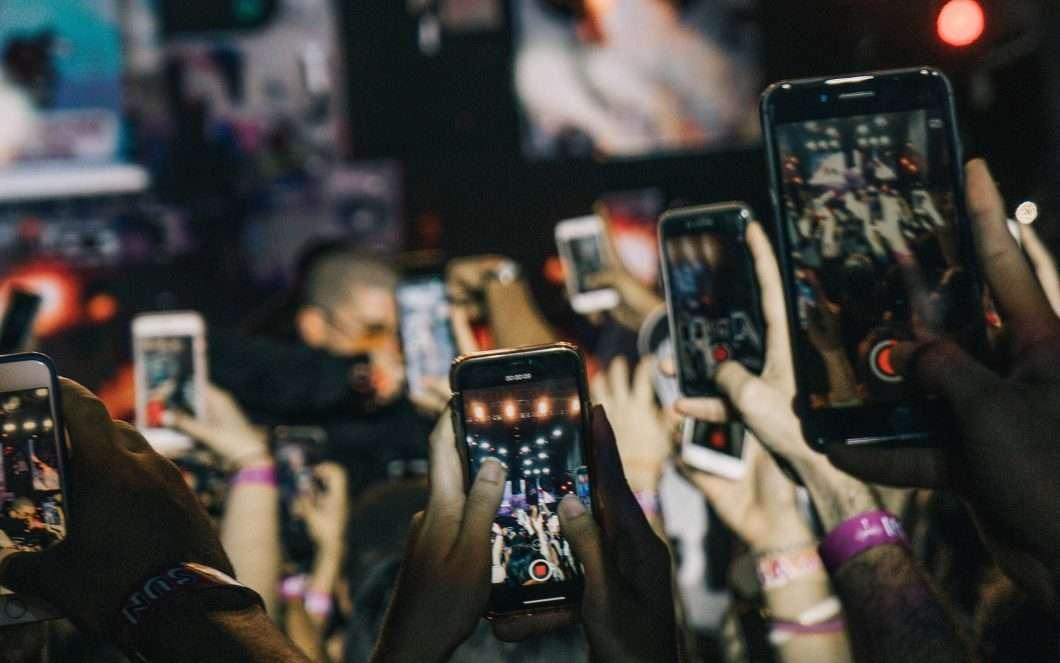 Smartphone: i più cercati online dagli italiani