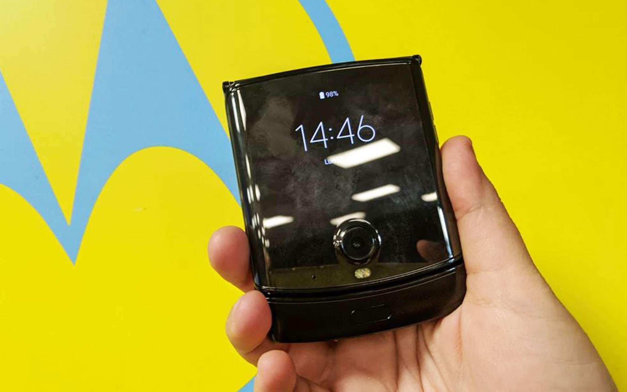 Moto Razr: Motorola rassicura sulla durabilità