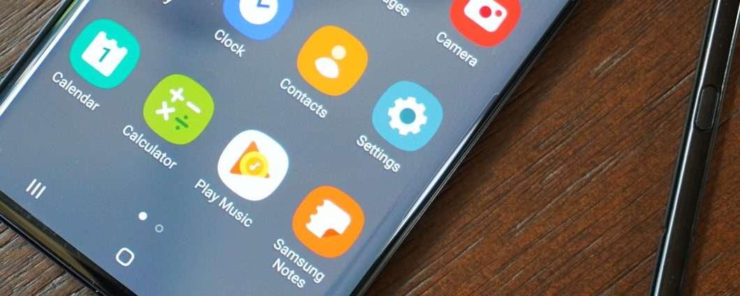 Galaxy Note    20: qatilin xüsusiyyətləri arasında bir barmaq izi
