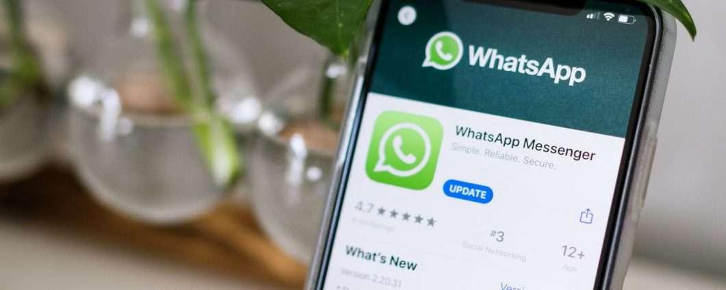 WhatsApp: backup personali protetti contro gli hacker, pare