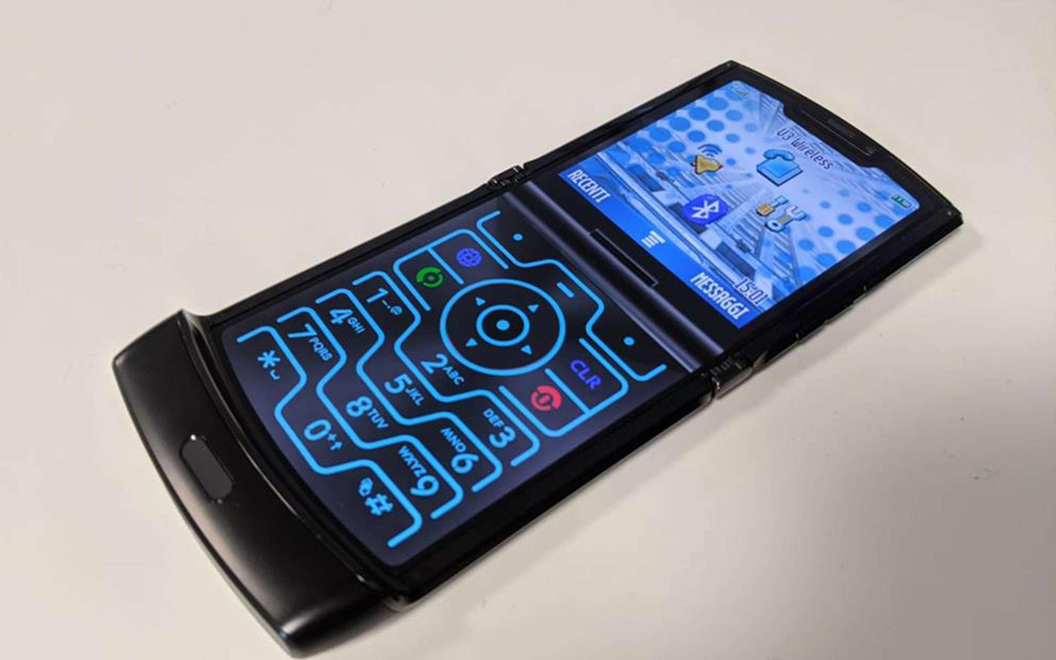 Motorola Razr 2 in arrivo, iniziate a risparmiare