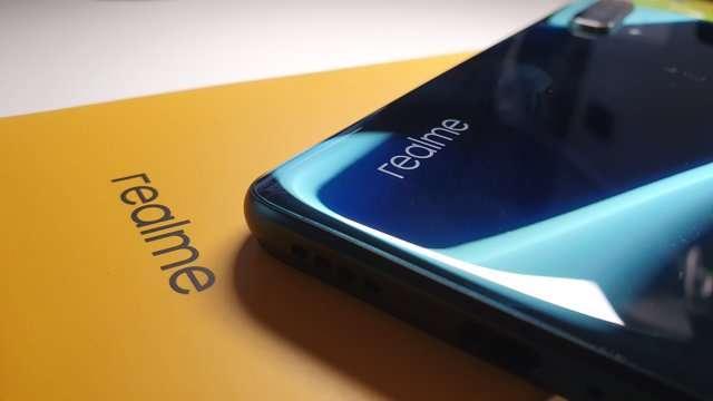 Realme X50 5G: design