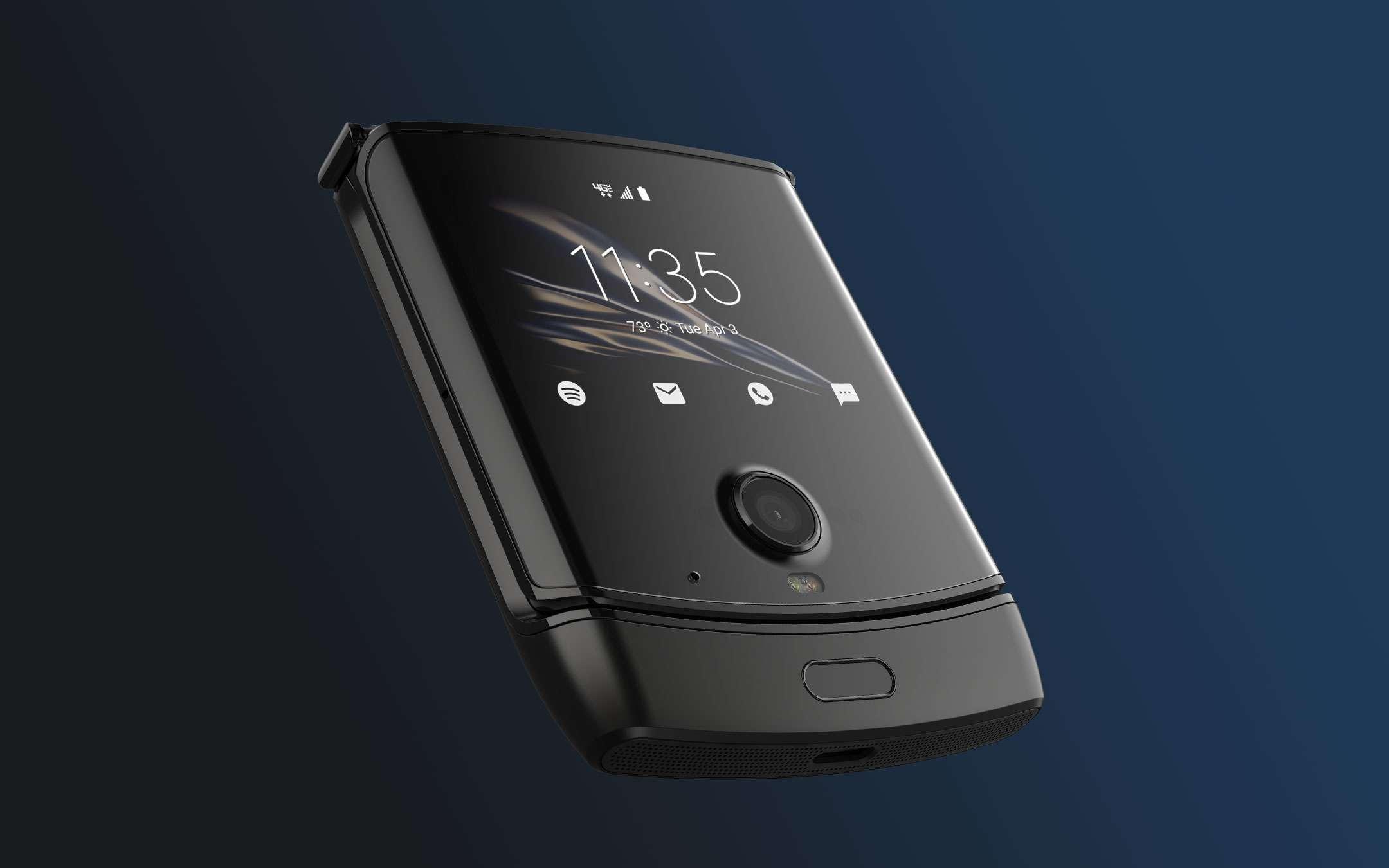 Motorola razr 5G mostrato in dettaglio a 360 gradi