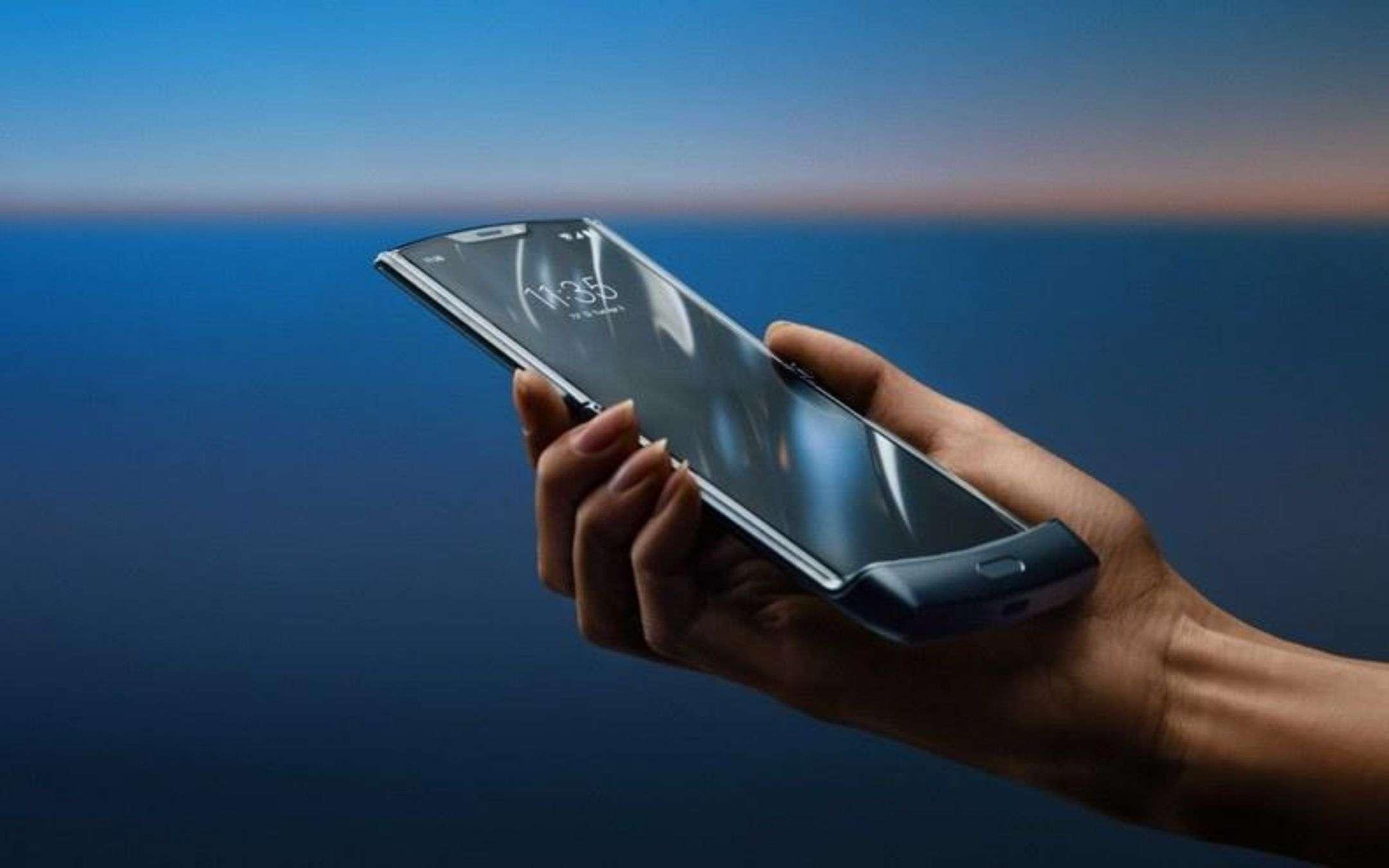 Motorola Razr 5G in arrivo il 9 settembre