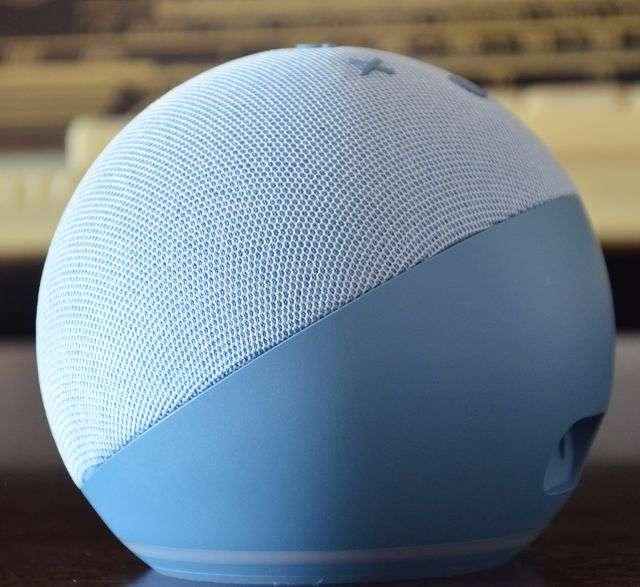 Amazon Echo Dot con orologio, quarta generazione