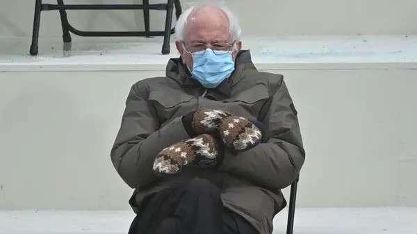Bernie Sanders, la foto del meme
