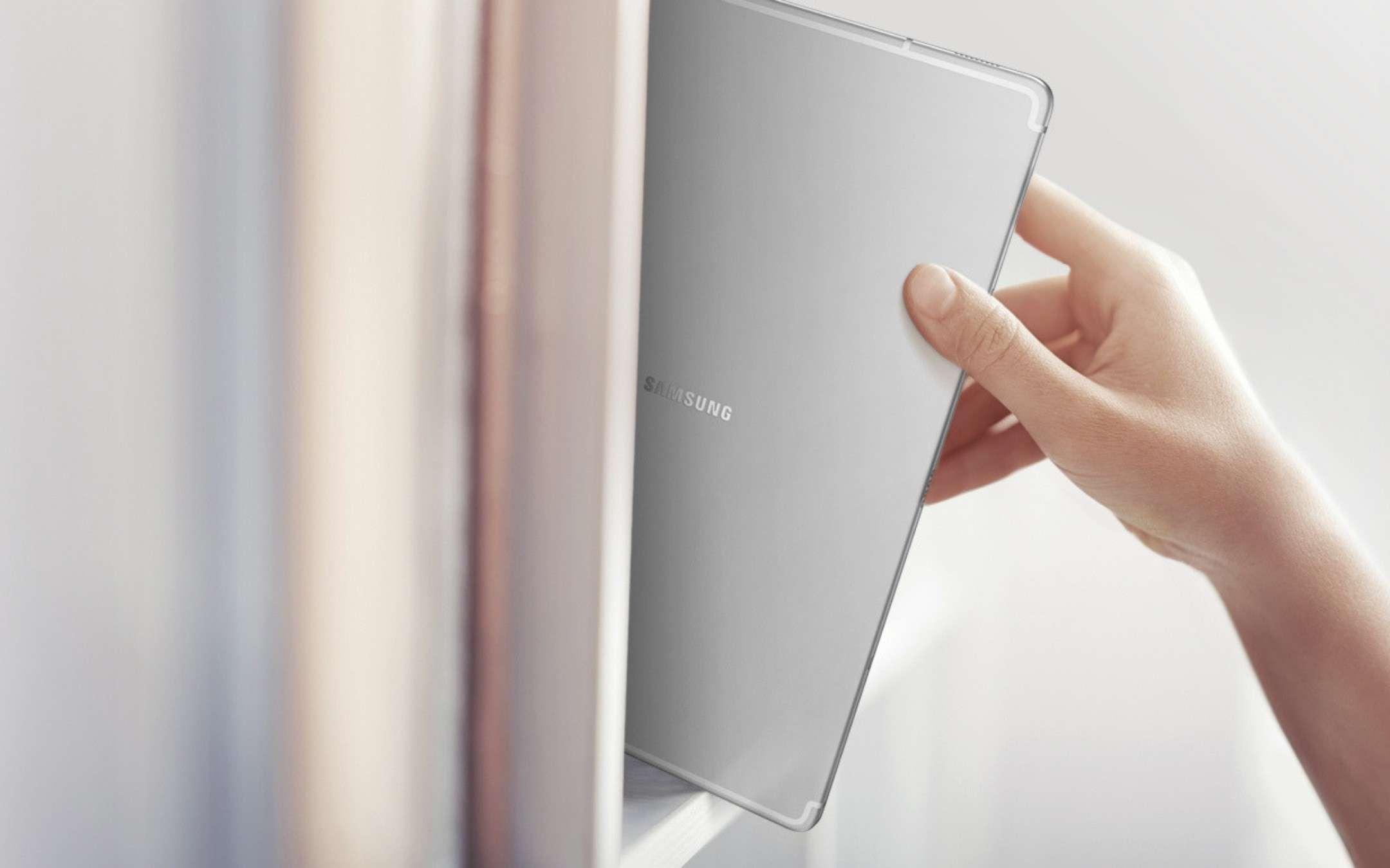 Galaxy Tab S5e si aggiorna e diventa più sicuro