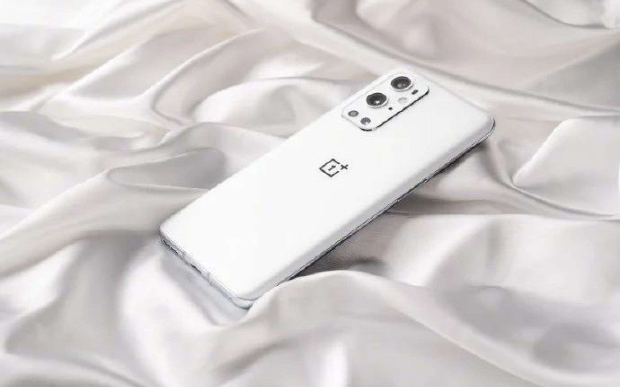 Volete un OnePlus 9 Pro bianco? Non lo potete avere!