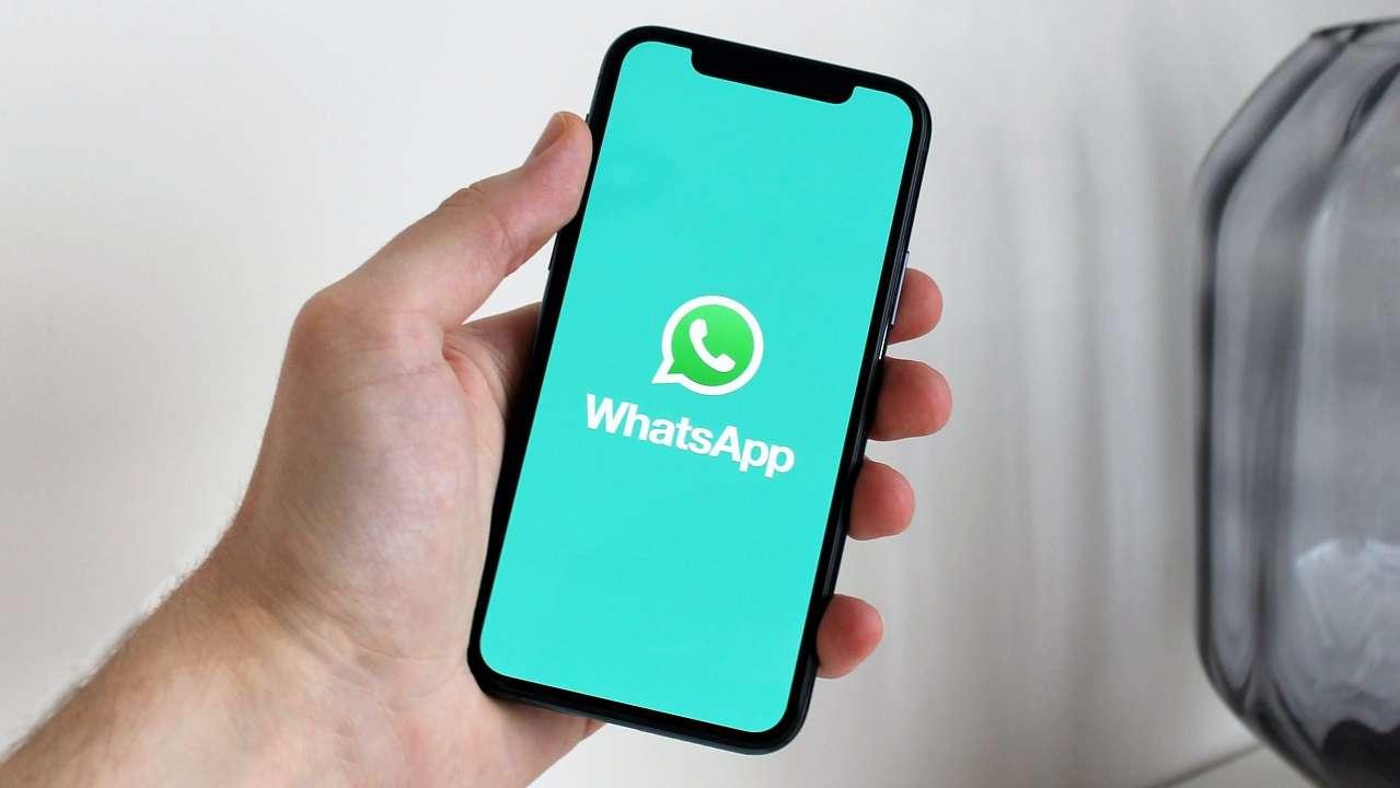 WhatsApp a lavoro su un nuovo sistema di segnalazione dei messaggi