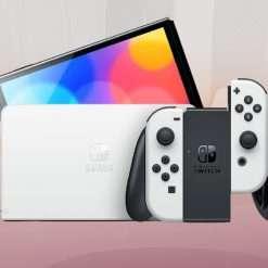 Nintendo Switch OLED torna disponibile: il regalo perfetto è qui