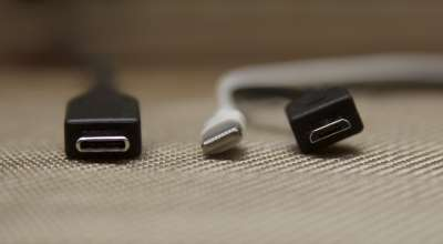 USB Type-C, Apple Lightning, microUSB